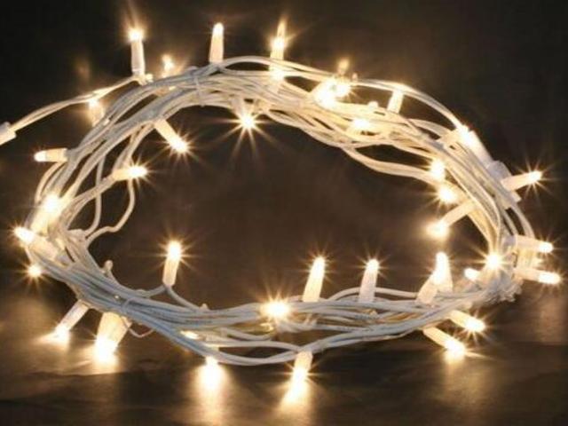 Lampka choinkowa zewnętrzna FROSTED LED 2m diody ciepłe białe kabel biały 120szt MK Ilumination