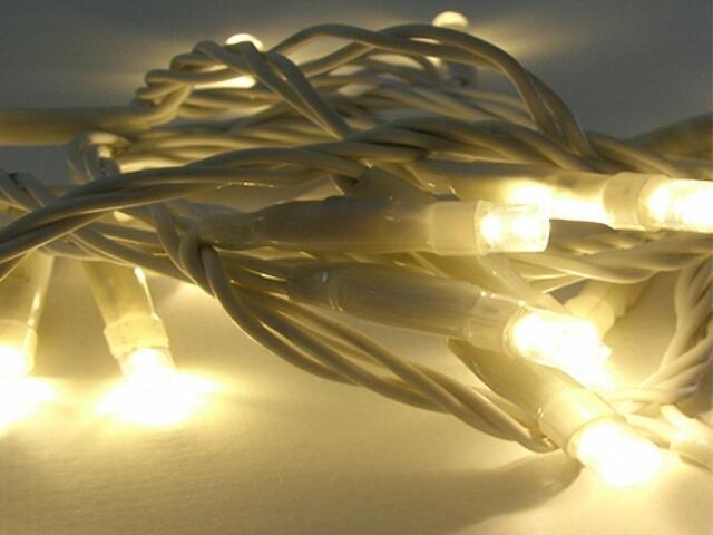 Girlanda świetlna LED Giant Ice Lite 4m diody ciepłe białe kabel biały 304szt MK Ilumination