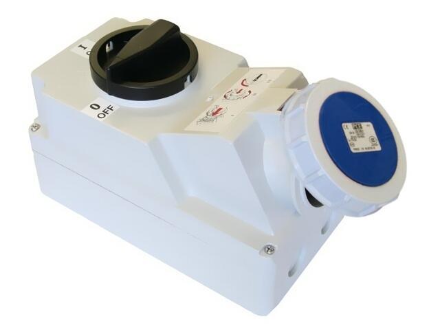 Gniazdo siłowe z wyłącznikiem 0-1 duże blok. mechaniczna 16A 230V 2P+Z IP44 PCE