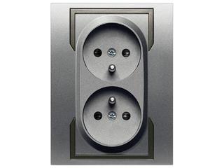 Gniazdo ścienne QUATTRO podwójne z/u GPT-2x2P+Z srebrny grafitowy Elektro-plast N.