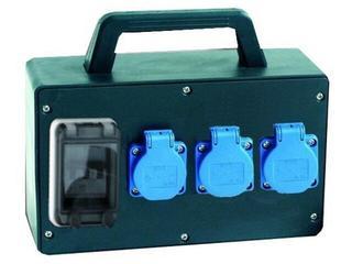 Twardogóra Rozdzielnia wyposażona wejście wtyczka gumowa-wyjście 3xGS FI30mA PCE
