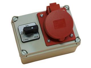 Koło Rozdzielnia wyposażona wejście Pg21 wyłącznik 32A 0-1 wyjście 32/5 PCE