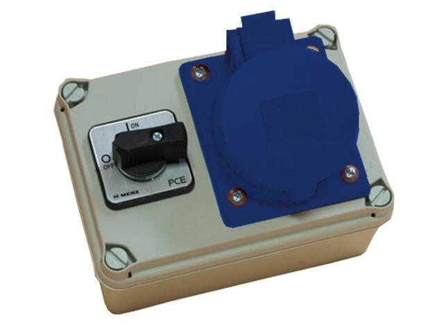 Koło Rozdzielnia wyposażona wejście Pg16 wyłącznik16A 0-1 wyjście 16/3 PCE