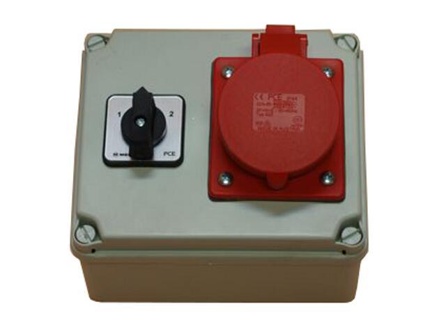 Koło Rozdzielnia wyposażona wejście Pg16, wyjście 16/4 wyłącznik L-0-P PCE