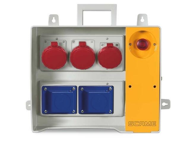 Rozdzielnia wyposażona MBOX 24 2x230V/16A domowe, 3x400V/32A/5 Scame