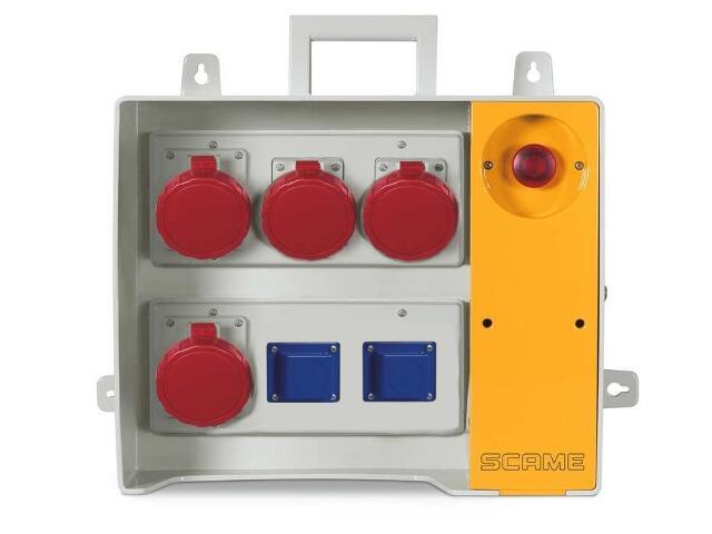 Rozdzielnia wyposażona MBOX 26 2x230V/16A domowe,4x400V/32A/5 Scame