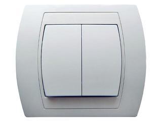 Łącznik natynkowy GAZELA podwójny schodowy biały Ospel