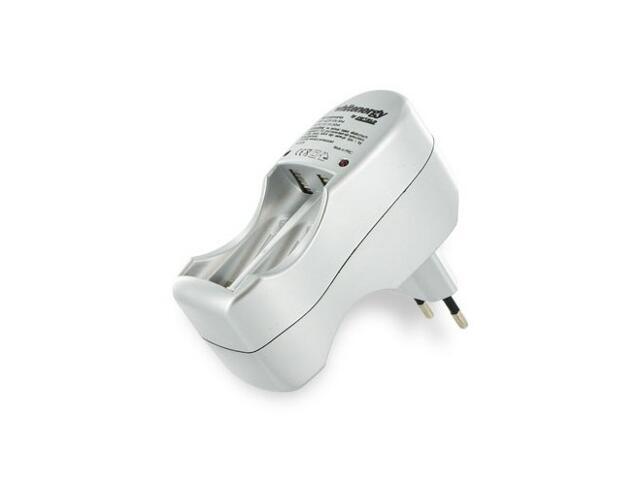 Ładowarka na 4 akumulatory AA/AAA 05728 Whitenergy