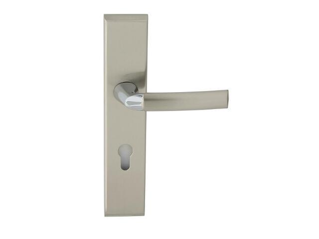 Klamka drzwiowa zewn. SPACE szyld długi wkładka 72mm chrom/nikiel lakierowany prawa Domino