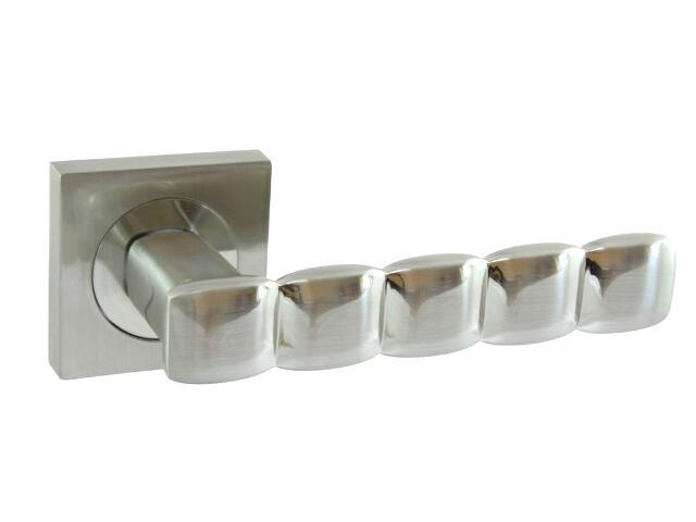 Klamka drzwiowa CORAL-QR szyld dzielony kwadratowy nikiel lakierowany Domino