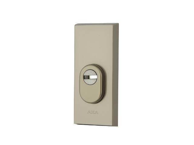 Szyld drzwiowy zewn. prostokątny z zabezpieczeniem NOTE wkładka bębenkowa tytan klasa III AXA