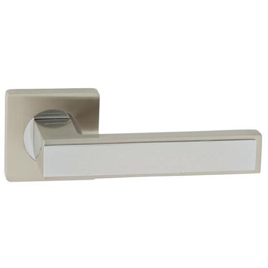 Klamka drzwiowa GUSTAW-QR szyld dzielony kwadratowy chrom/nikiel lakierowany Domino